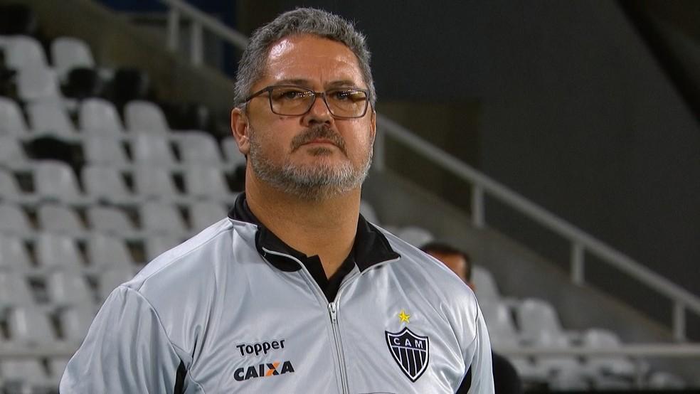 Rogério Micale, técnico do Atlético-MG, terá muitos desafios até o jogo da Libertadores (Foto: Reprodução/Sportv)