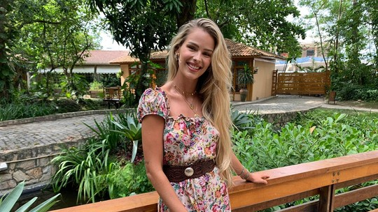 Yasmin Brunet dá dicas para cuidar do cabelo no verão com produtos naturais