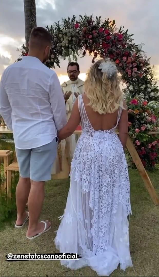 Zé Neto e Natália Toscano renovam os votos do casamento (Foto: Reprodução / Instagram)