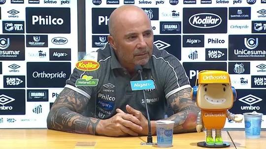 Sampaoli diz que Santos poderia ter feito mais gols no Vasco, mas vê eliminatória aberta