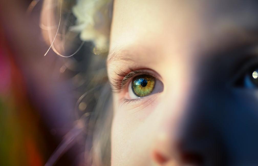 Pesquisa de professora no Reino Unido demonstrou que ações os pais podem fazer para ajudar a aliviar a ansiedade dos filhos — Foto: Pexels