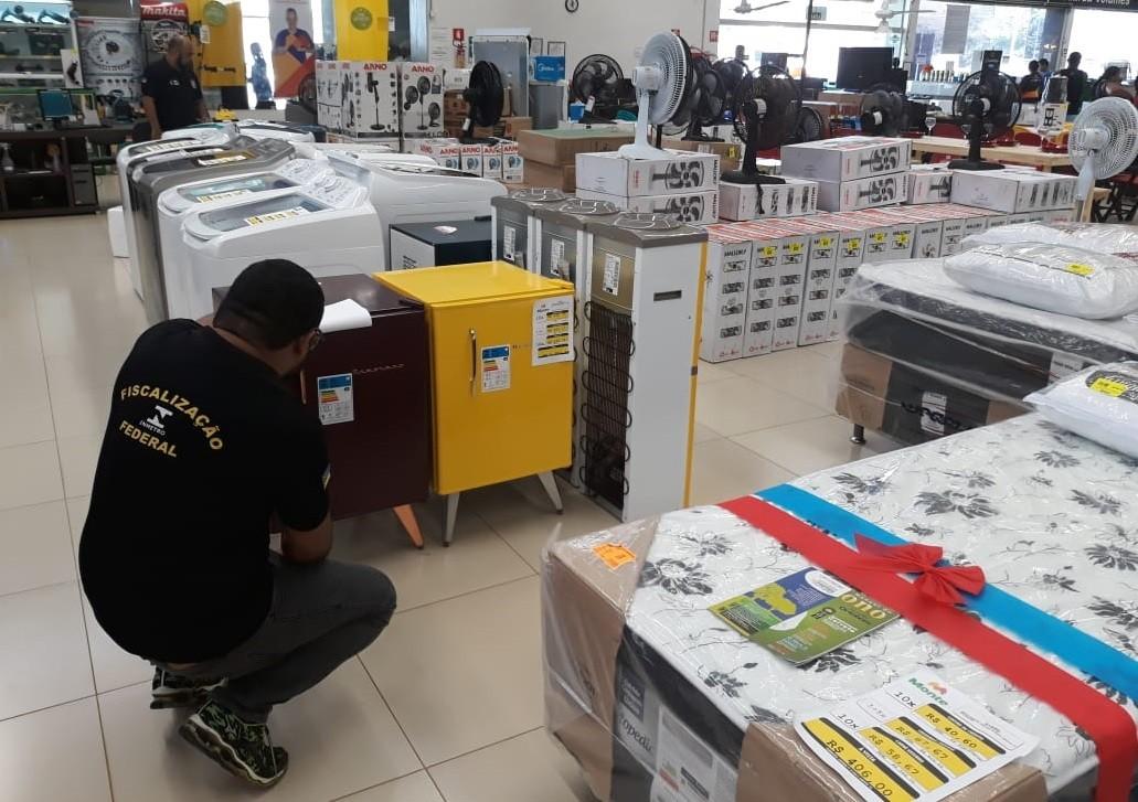 Fiscalização de eletrodomésticos autua quatro empresas de Macapá e Santana