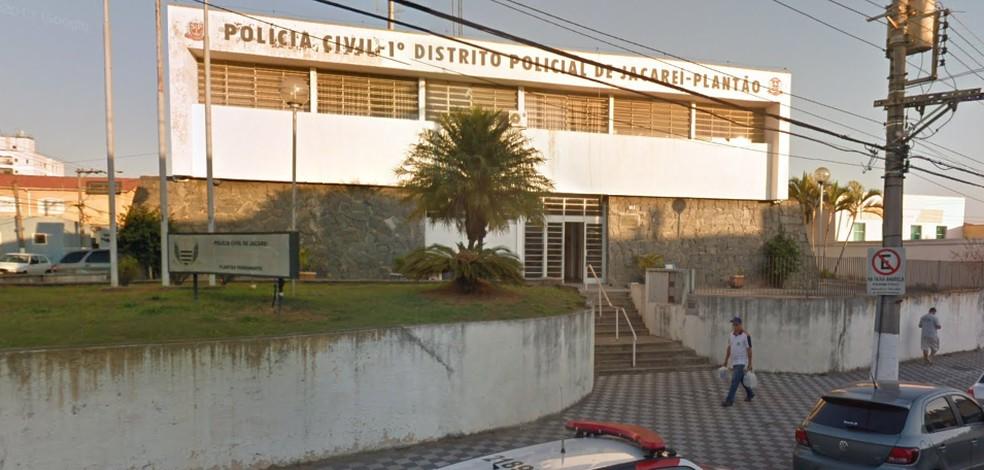 Caso está sendo registrado na delegacia em Jacareí — Foto: Google street view