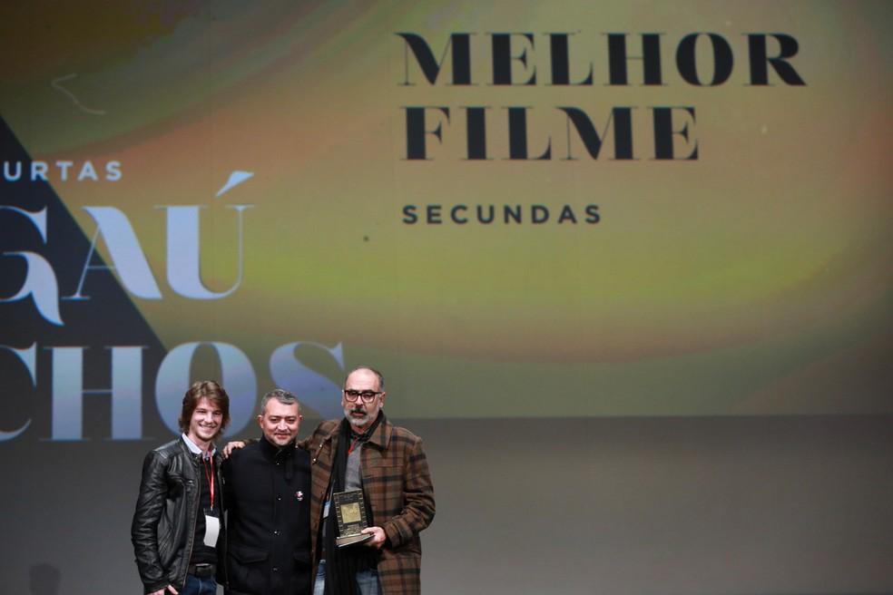 Cacá Nazario ganhou o prêmio de melhor filme com 'Secundas' (Foto:  Diego Vara / Pressphoto)