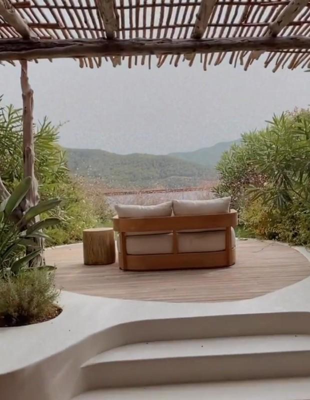Giovanna Ewbank mostra quarto de hotel de luxo (Foto: Reprodução/Instagram)