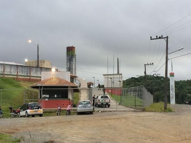 Homem é morto durante banho de sol no presídio de Joinville