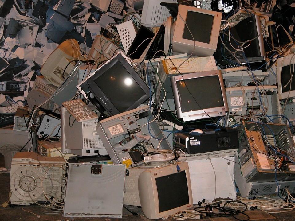 Descarte de lixo eletrônico vindo da Europa afeta cadeia de alimentos em Gana (Foto: Pixabay)