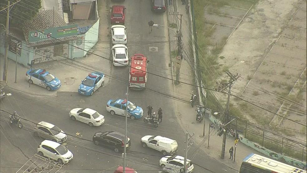 Policial é morto na Zona Oeste do Rio (Foto: Reprodução/ TV Globo)