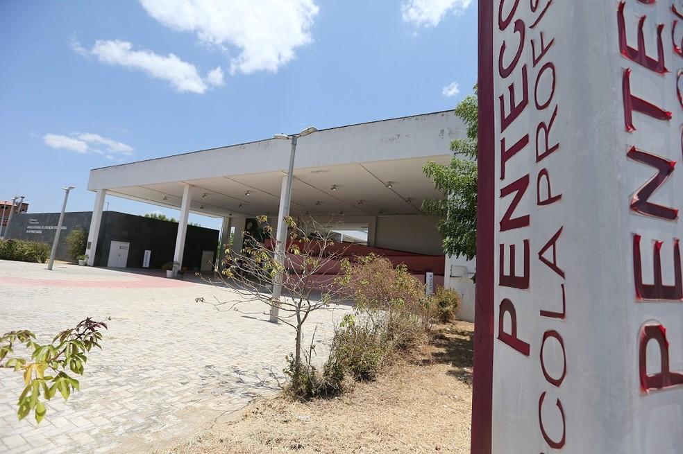 Escola de Educação Profissional Alan Pinho Tabosa, no interior do Ceará, teve nota 5,6 no Ideb 2019, cerca de 1,1 ponto acima da média estadual.  — Foto: José Leomar/SVM
