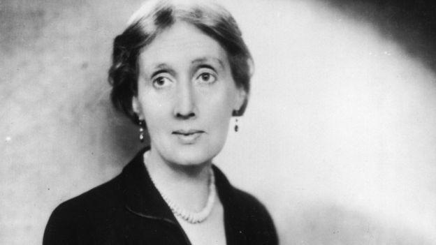 Virginia Woolf viveu em contexto familiar e histórico conturbados (Foto: Central Press/Getty Images via BBC News Brasil)