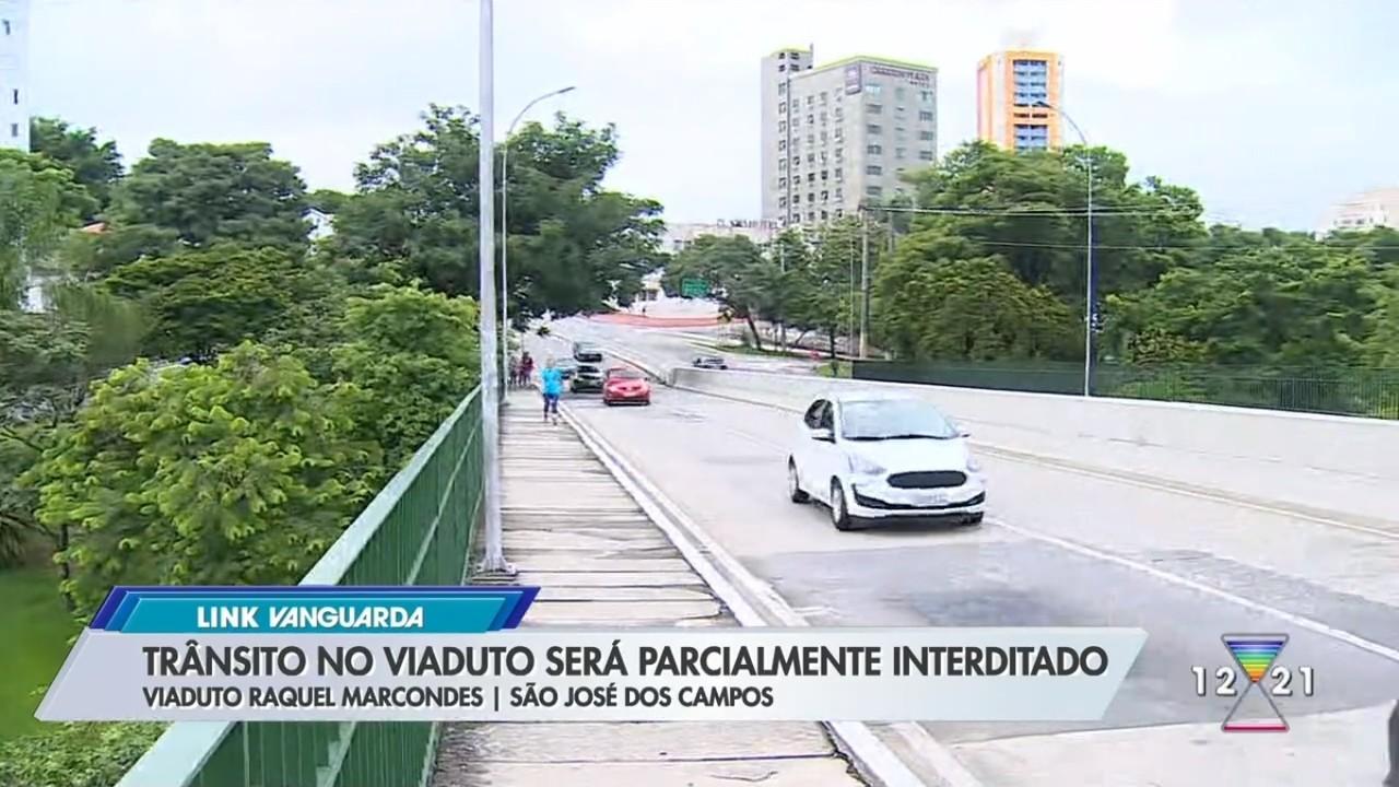 Obras da Linha Verde interditam viaduto no Centro de São José