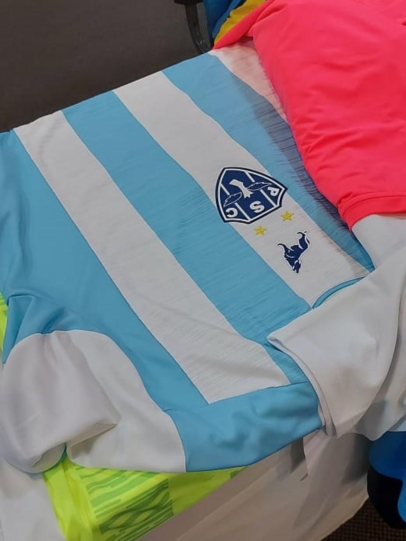 Camisa principal que será usada pelo Paysandu em 2021 — Foto: Reprodução