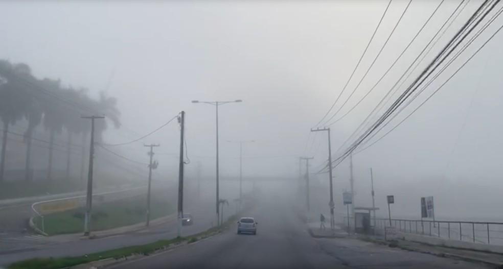 Avenida João Medeiros Filho, na Zona Norte de Natal, durante o início da manhã desta quarta-feira (27). — Foto: Mariana Rocha/Inter TV Cabugi