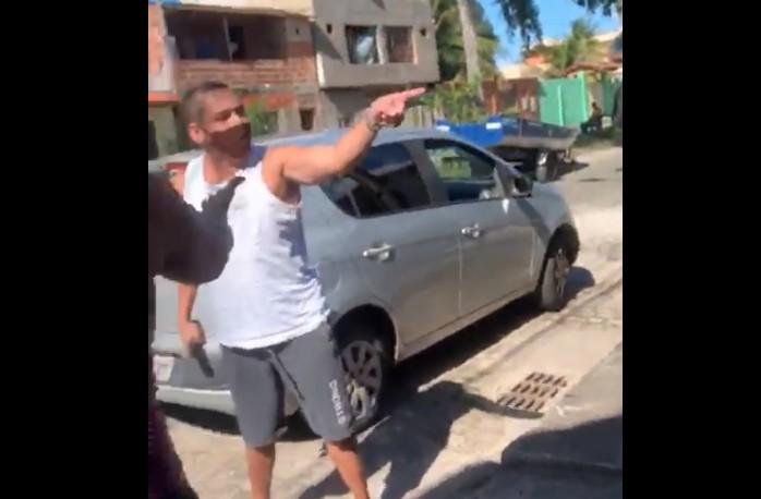 VÍDEO: Após cobrar serviço de irmã de PM, morador de Canavieiras é atacado por policial na BA; militar foi preso