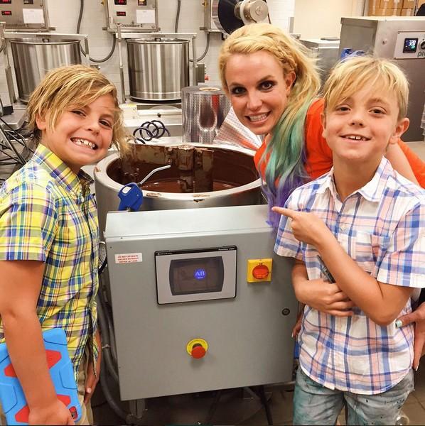 Britney Spears e os filhos Sean e Jayden (Foto: Instagram)