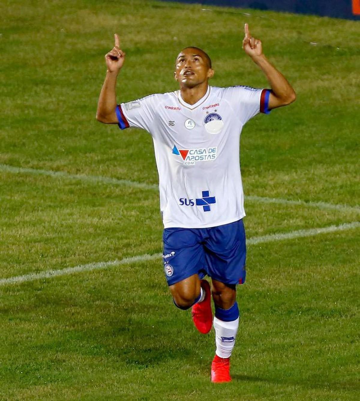 Em um dia, Bahia vende duas mil camisas com a marca do SUS; royalties serão doados – globoesporte.com