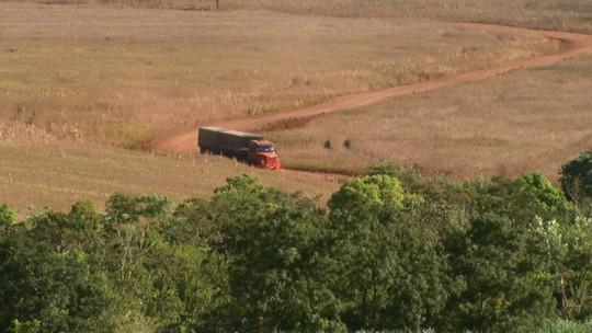 Série sobre cultivo da soja no estado mostra como é o transporte e armazenamento de grãos