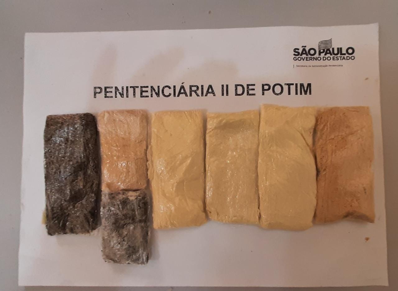 Agentes encontram drogas em pães enviados a detento por correio em presídio de Potim
