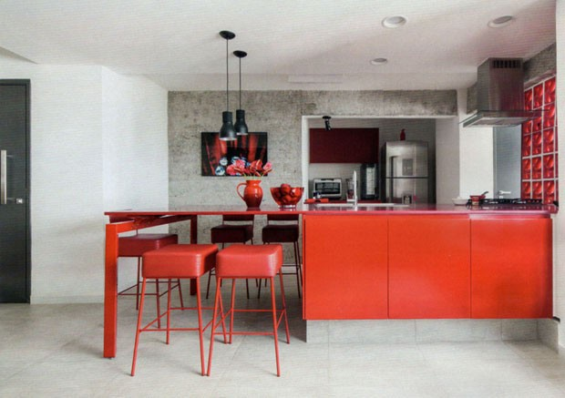 Kitchen decor: 10 environments that dared the colors (Photo: Reproduction)