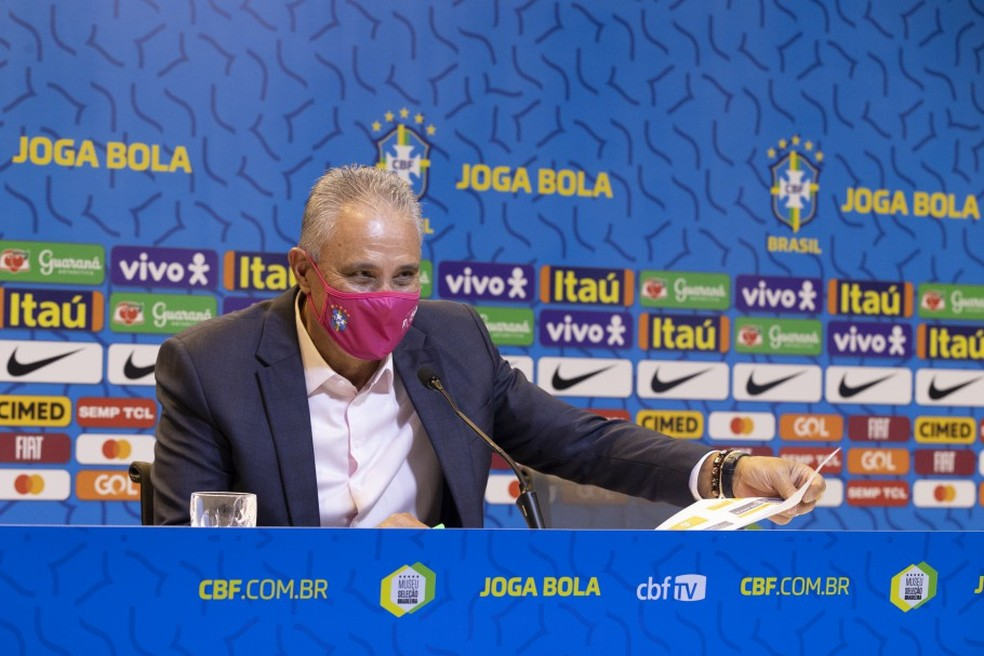 Tite em convocação da seleção brasileira nesta sexta-feira — Foto: Lucas Figueiredo/CBF