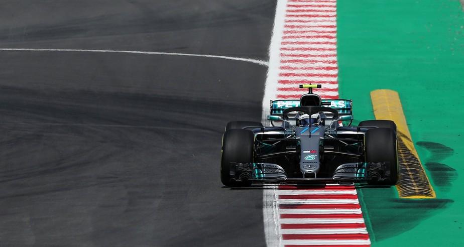 Bottas lidera primeiro treino em Barcelona; Kubica volta com penúltimo lugar