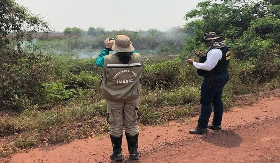 A Polícia Militar Ambiental passou a fazer visitas periódicas para investigar as queimadas no Pantanal. — Foto: Reprodução