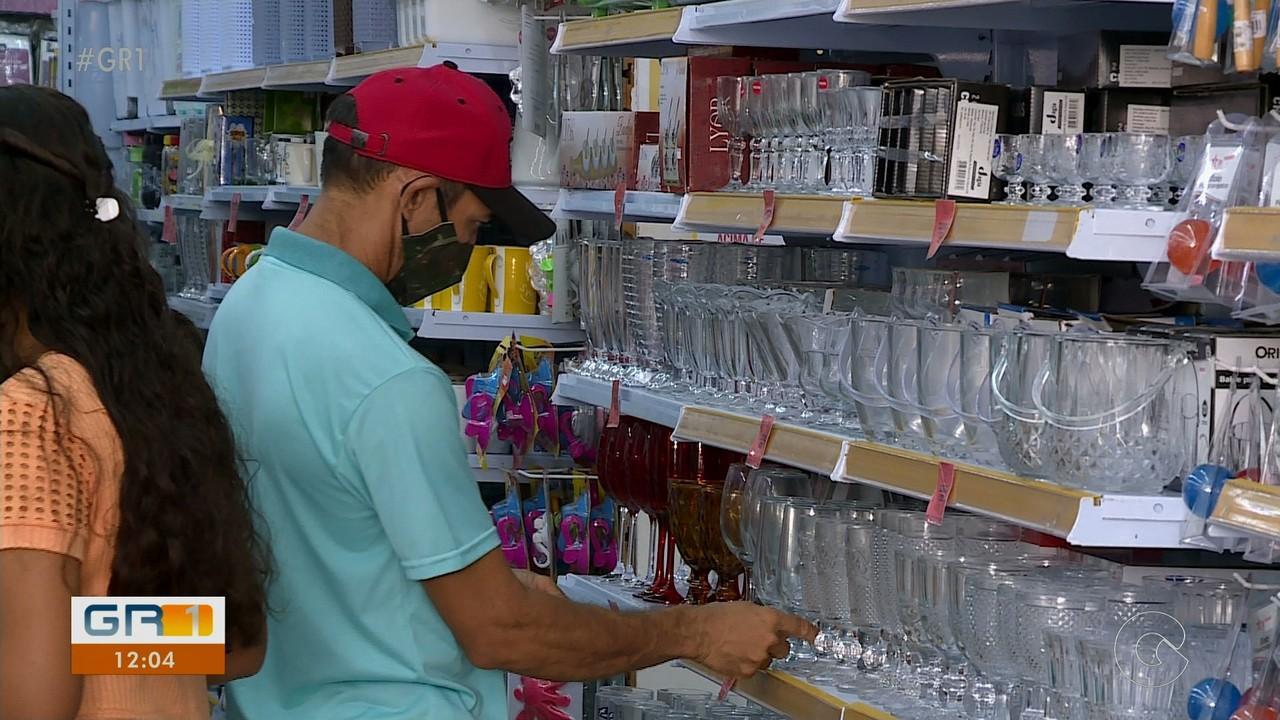 Aumentam as compras para presentear amigos e familiares durante fim de ano em Petrolina
