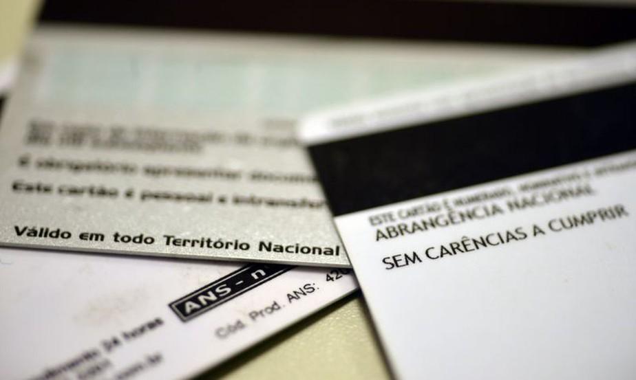 ANS libera R$ 15,5 bilhões às operadoras de planos de saúde, mas exige garantias