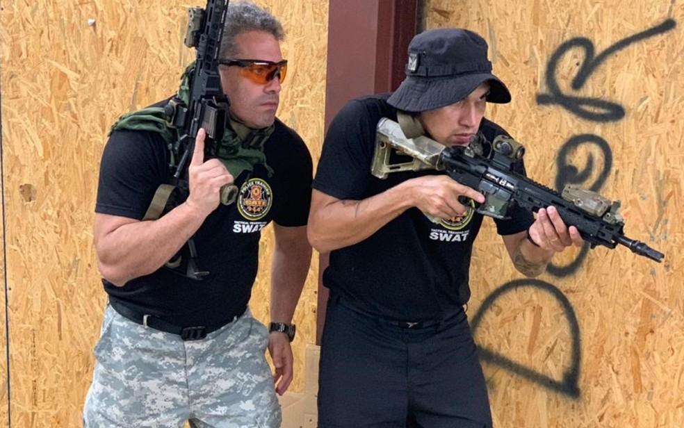 Júlio se destacou no curso também como melhor atirador — Foto: Reprodução/Arquivo Pessoal