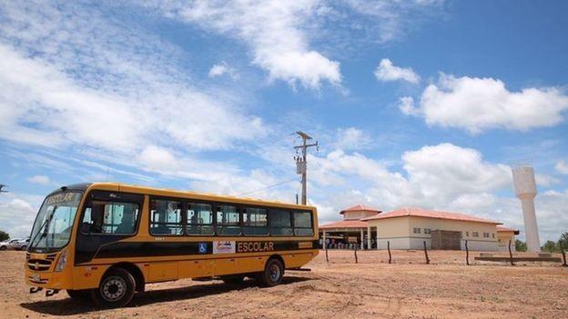 Programa de transporte escolar é um dos que sofreram bloqueio de verbas (Foto: ANDRÉ NERY/MEC)