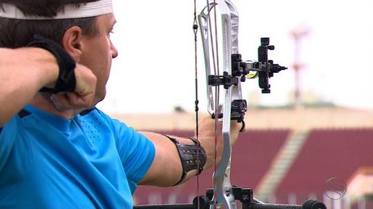 Atleta paralímpico do Cazaquistão treina em Aracaju para a Rio 2016