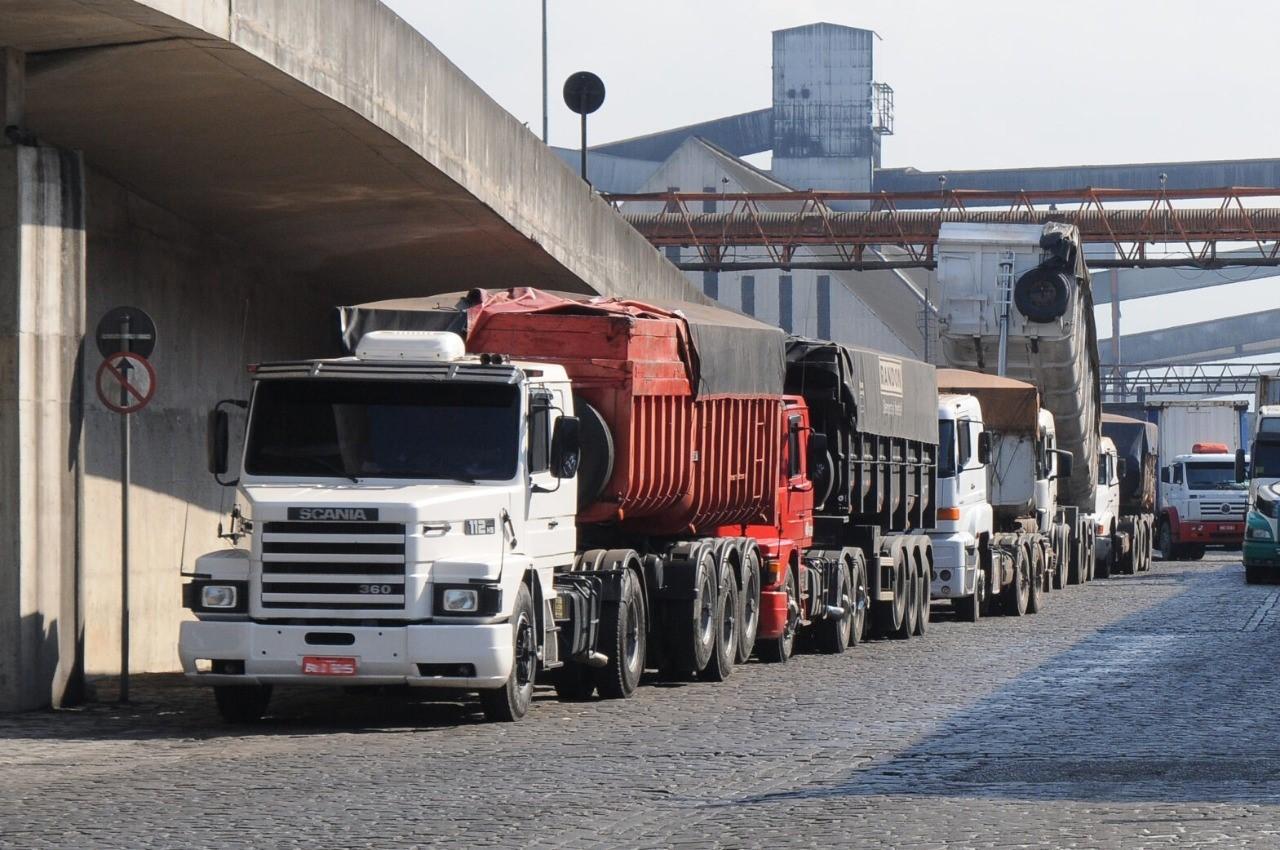 Sine Amapá oferta 100 vagas para motorista e outros postos de emprego para 13 de abril