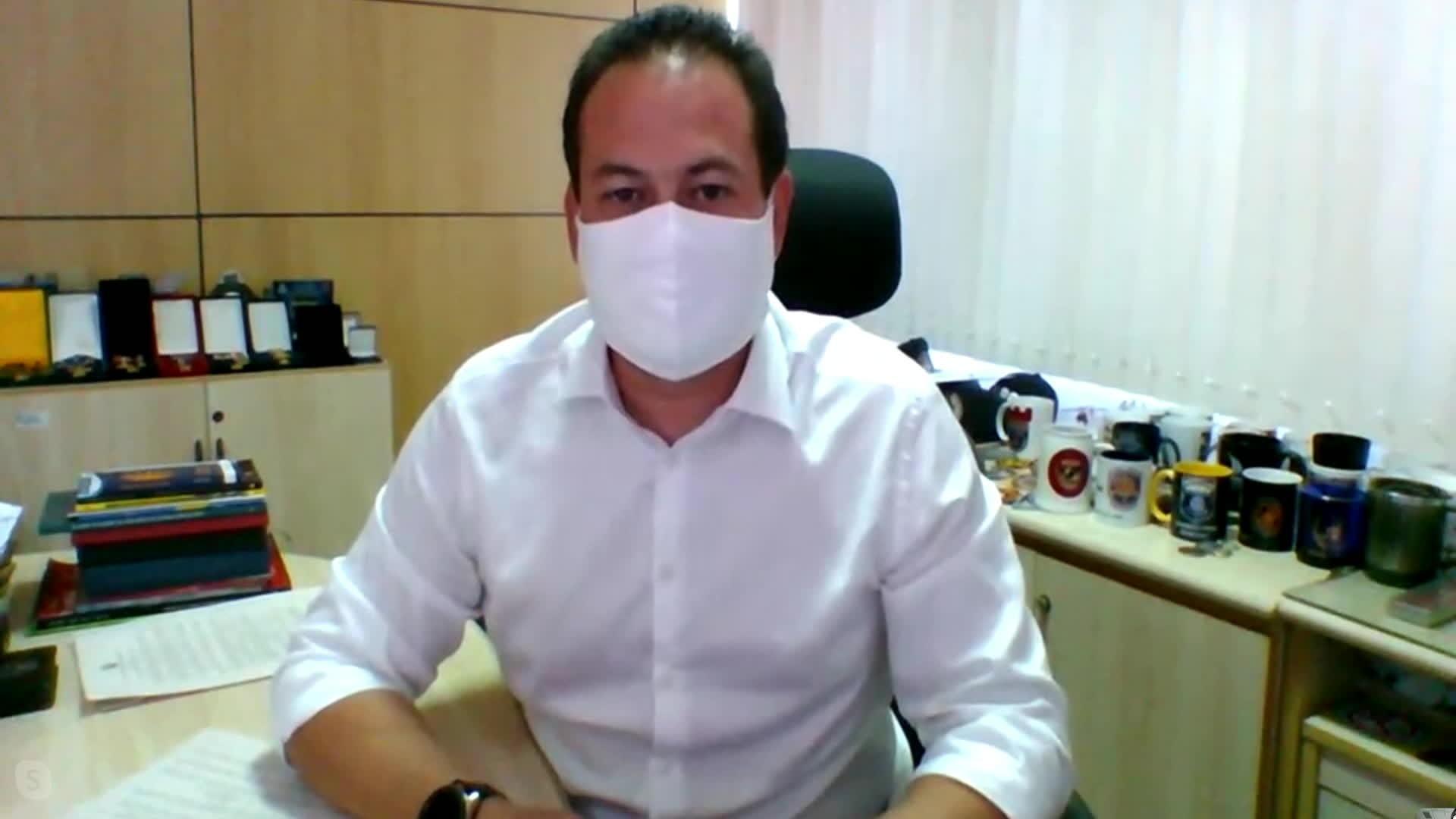 Secretário tira dúvidas sobre funcionamento de serviços na pandemia após novo decreto estadual