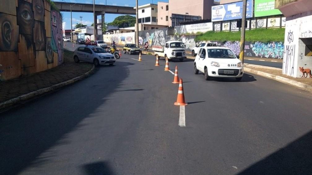 Araraquara faz bloqueios para impedir a circulação de moradores neste domingo (21) — Foto: Prefeitura de Araraquara/Divulgação
