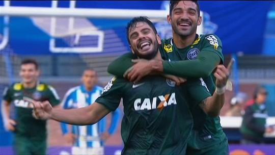 Thiago Galhardo agradece apoio de Ney para superar críticas no Coritiba