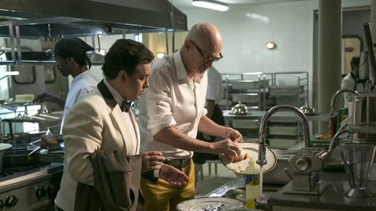 Teaser: Pedrinho não paga a conta e tem que lavar louça no Carioca Palace