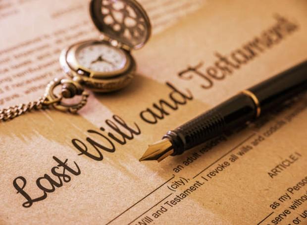 Os documentos são uma forma de garantir com que sua vontade seja feita em caso de falecimento ou doenças incapacitadoras (Foto: Getty Images)