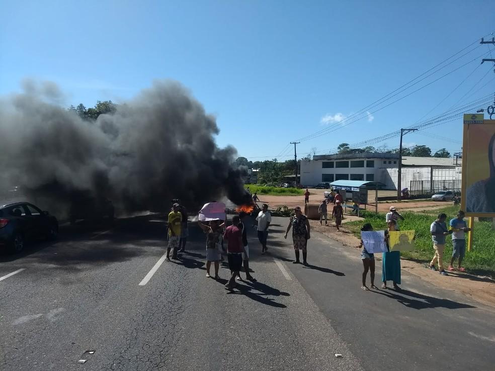 -  Manifestantes protestam na BR-316, em Marituba.  Foto: Reprodução / PRF