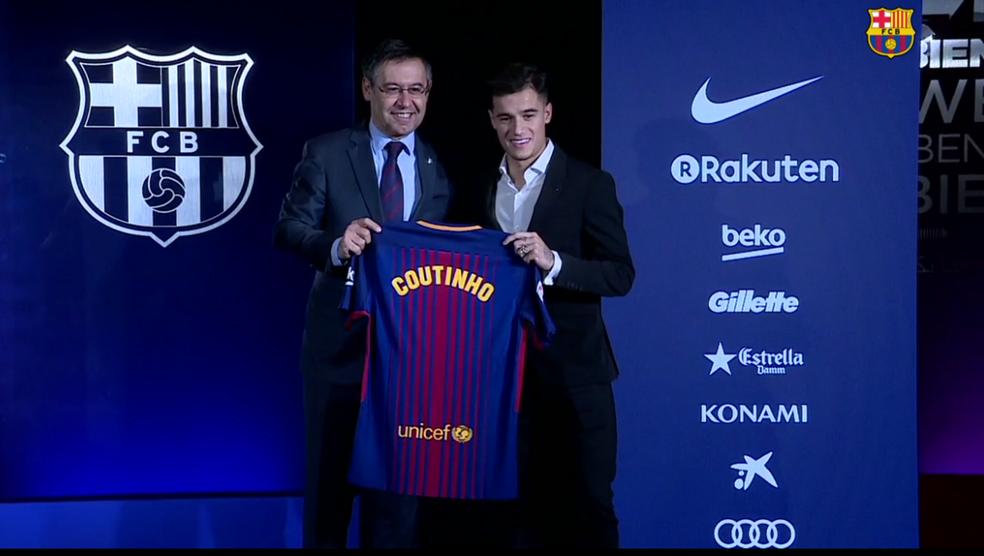 Philippe Coutinho com a camisa do Barcelona (Foto: Reprodução)