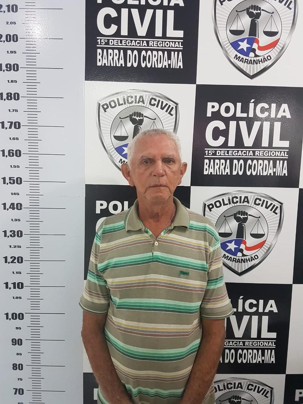 Ruy Tavares Queiros, de 65 anos, foi preso por suspeita de estuprar uma adolescente de 14 anos — Foto: Divulgação/ Polícia Civil