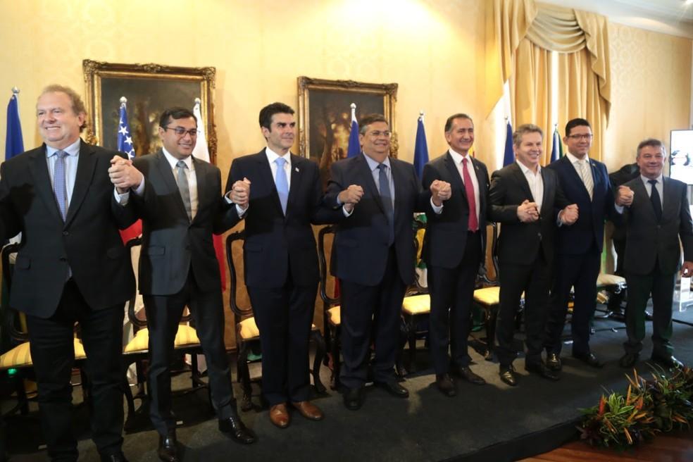 Governadores de oito estados durante 19º Fórum da Amazônia Legal em São Luís (MA) — Foto: Divulgação/Governo do Maranhão