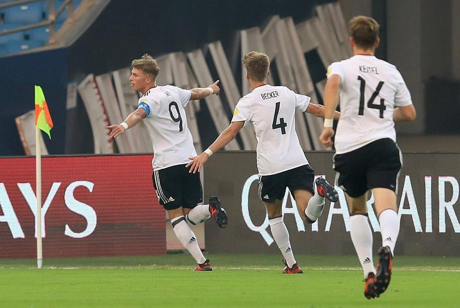 Alemanha goleia a Colômbia e se coloca no caminho do Brasil nas quartas de final