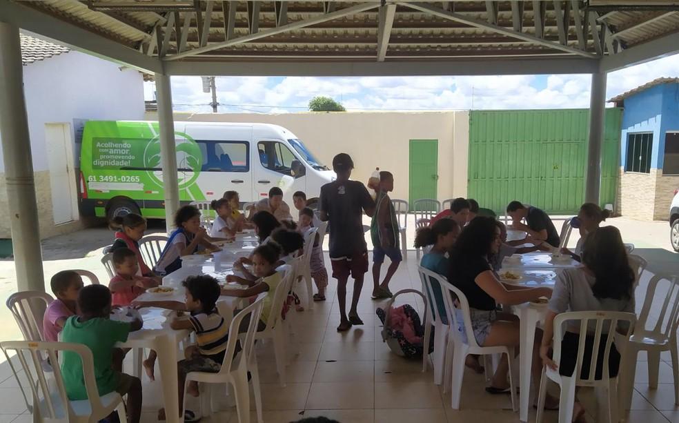 Crianças do abrigo Lar de São José — Foto: Arquivo pessoal