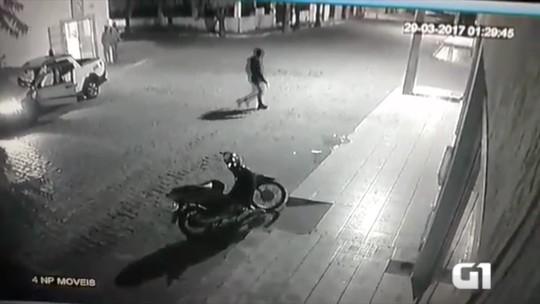 Vídeo mostra ação de bandidos no interior do RN; caixa é explodido