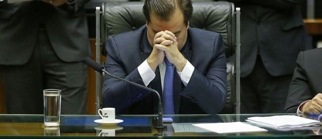 O presidente da Câmara, Rodrigo Maia, disse que não irá defender a posição nem do presidente Michel Temer, e nem da oposição durante o processo de votação da denúncia do MP contra o presidente por corrupção, que começou a tramitar nesta quinta, 29/06/2017