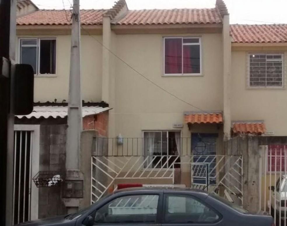 Criminosos se escondiam na casa de parente em Curitiba (Foto: Divulgação/Polícia Civil)