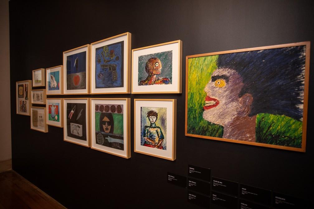 Obras de Ozi feitas durante a juventude compõem a exposição que celebra os 35 anos de sua carreira na arte urbana na Chácara Lane, casarão que integra o complexo do Museu da Cidade de São Paulo — Foto: Fábio Tito/G1
