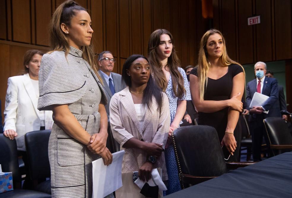 Aly Raisman, Simone Biles, McKayla Maroney e Maggie Nichols no Congresso americano — Foto: Saul Loeb - Pool/Getty Images
