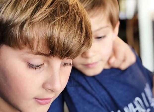 Davi e Rafael, filhos de Claudia Leitte (Foto: Reprodução/Instagram)