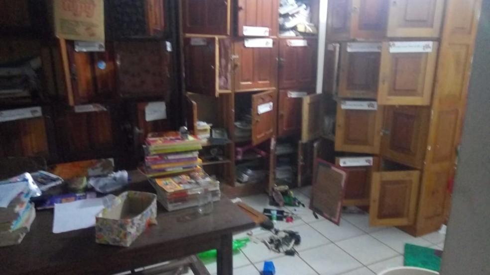 Criminosos arrombaram escola de Itabela. — Foto: Giro de Notícias